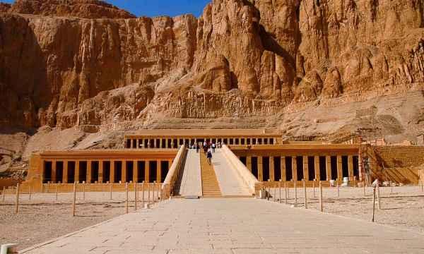 Nile Jewel Egypt Tour - Egypt Coach Tours - Cairo Tours - Expat Explore