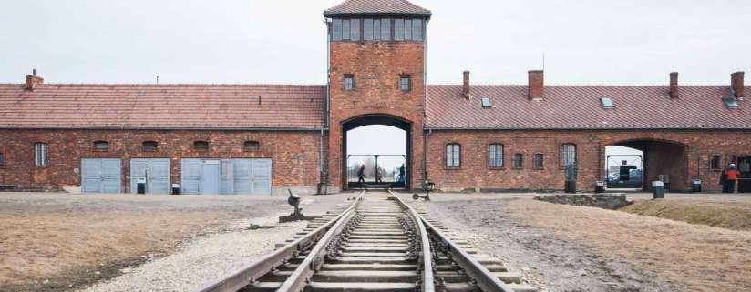 Prague - Auschwitz - Krakow