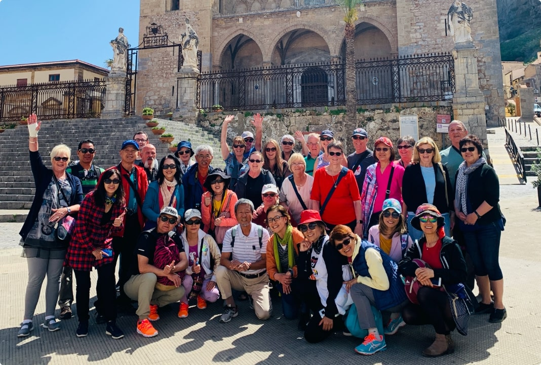 Group Tours Fun Easy Affordable Travel Expat Explore