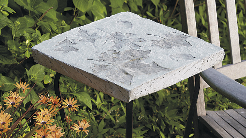DIY Stepping Stone Accent Table: You can also show off your piece of art as a decorative tabletop.