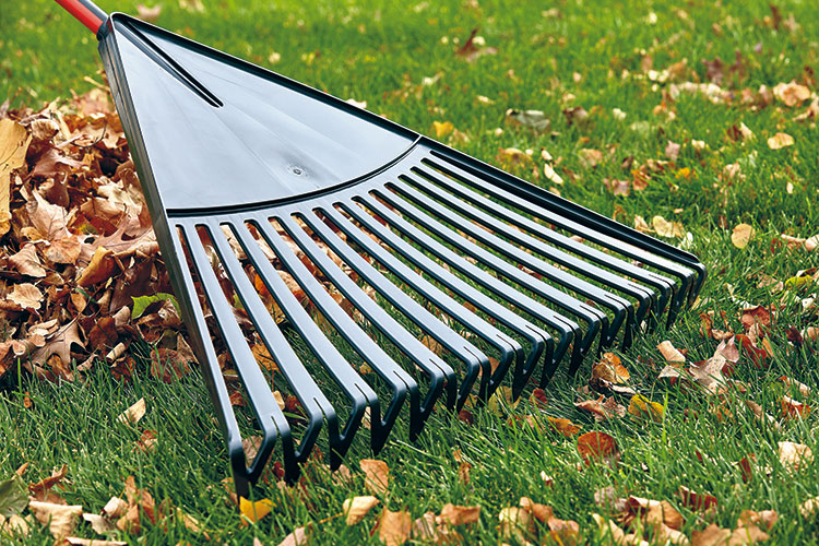 find-the-right-rake-plastic-rake: This plastic leaf rake has unique tines are joined together so the head won't get clogged with leaves.
