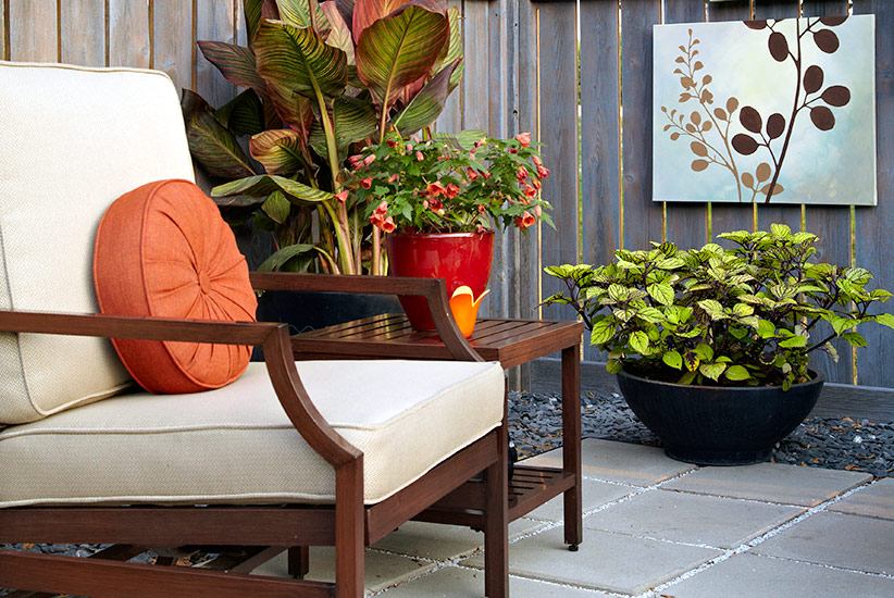 Patio-design-ideas-containers-seating-area