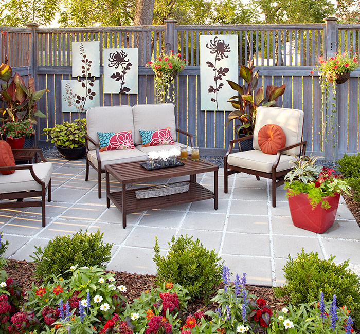 patio-design-ideas-seating-arrangement: Place furniture at an angle, facing the entry, for welcoming appeal.
