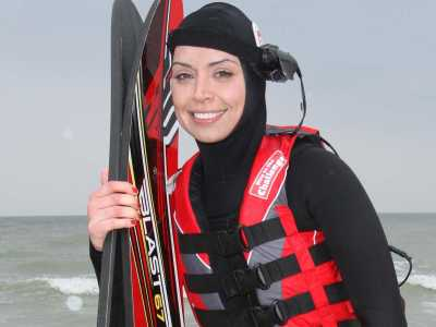 Christine Bleakley doing her waterski challenge for Sport Relief.