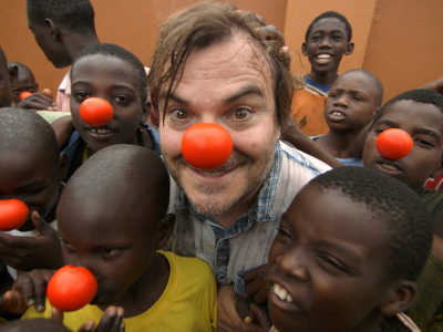 Red Nose Day, USA, Jack Black and kids smiling in red noses