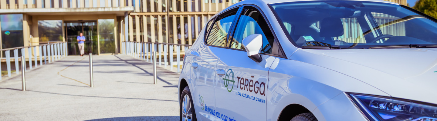Natural gas for vehicles: sustainable mobility within Teréga's strategy