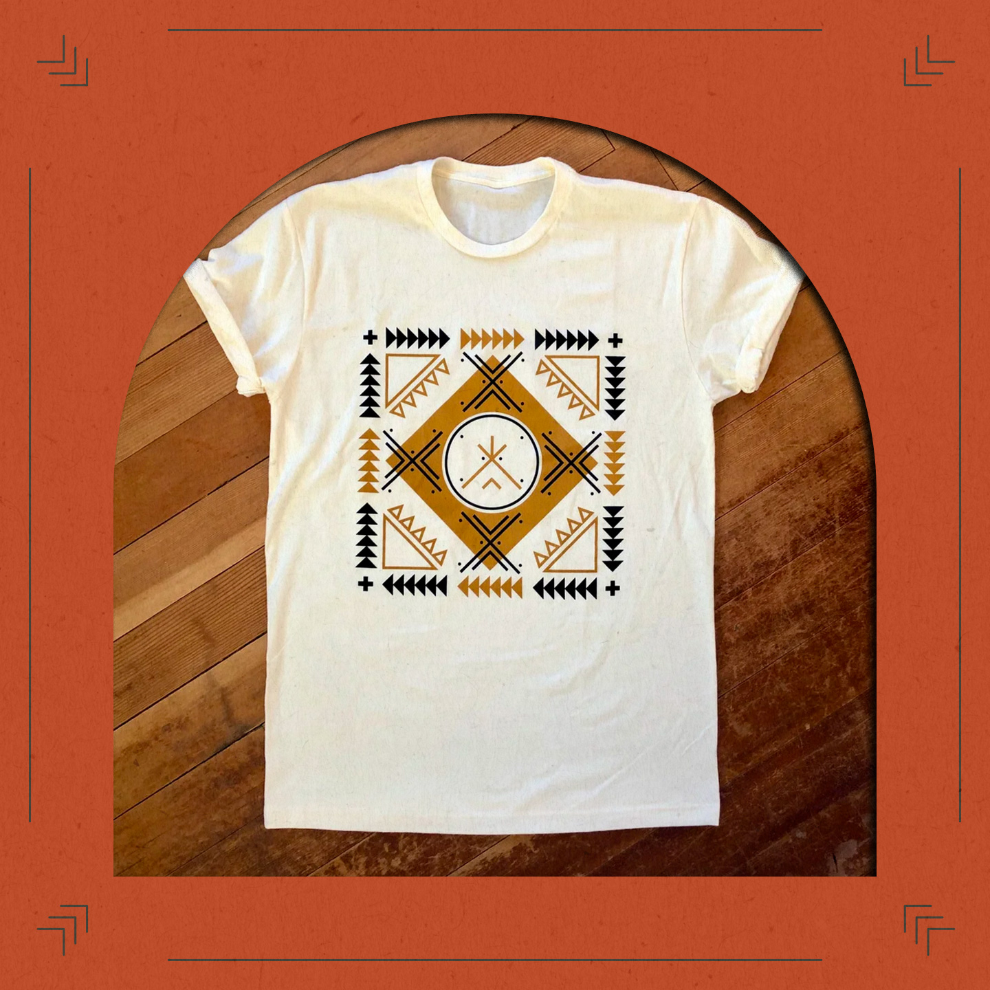 Arrows Remix Tee Beyond Buckskin