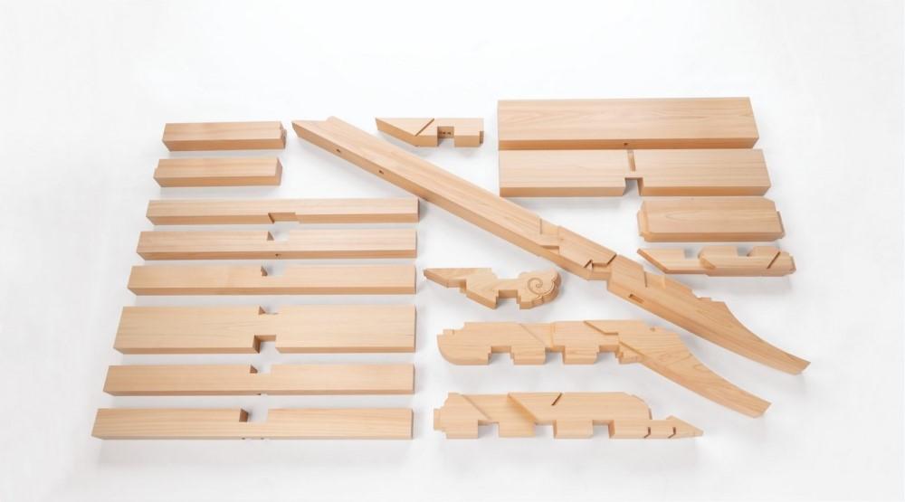 Interlocking parts for model of Engaku-ji Temple Shariden Interlocking Bracket Complex, 2019 Hinoki cypress. Courtesy of Ikaruga-Kōsha.