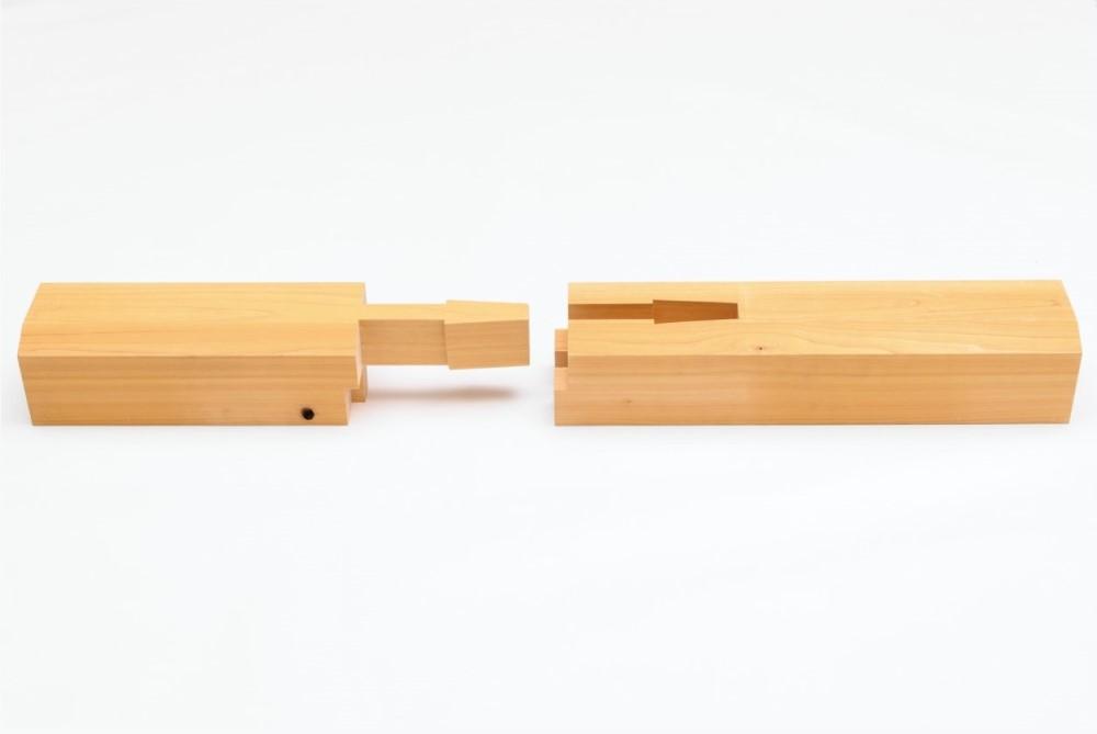 Lapped Gooseneck Mortise (Koshikake-kama tsugi). Courtesy of Takenaka Carpentry Tools Museum
